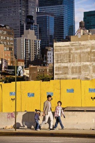 Rompicapo a New York: Romain Duris nei panni di Xavier in una scena del film