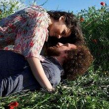 Ore diciotto in punto: Roberta Murgia e Salvo Piparo in una tenera scena del film