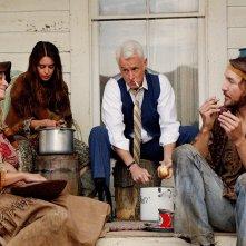 Mad Men: John Slattery ed Elizabeth Rice in una scena di The Monolith