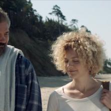 The Gambler: Vytautas Kaniusonis insieme a Oona Mekas in una scena del film