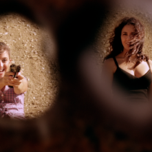 Ragazze a mano armata: Federica De Cola e Karin Proia in una scena del film
