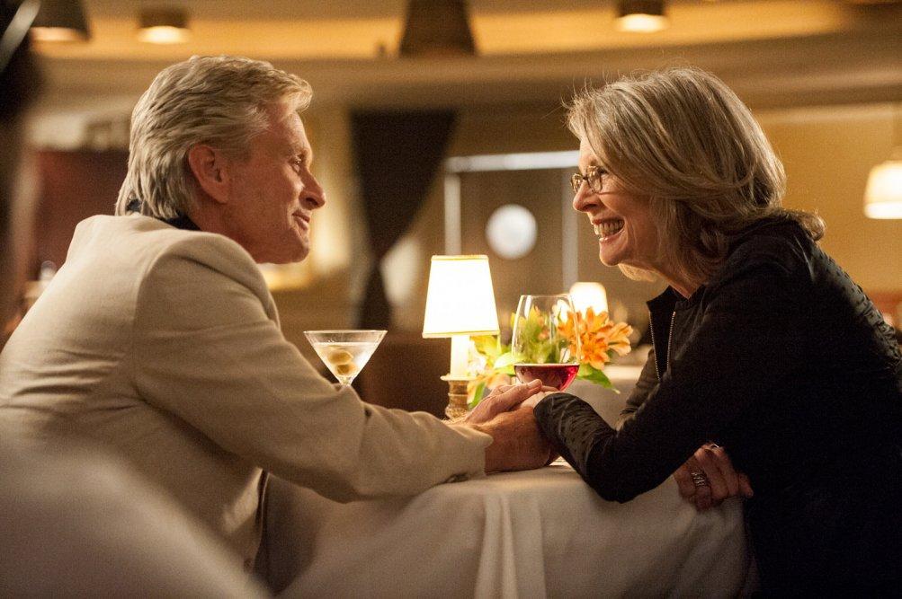 Mai così vicini: Michael Douglas con Diane Keaton in una romantica scena del film