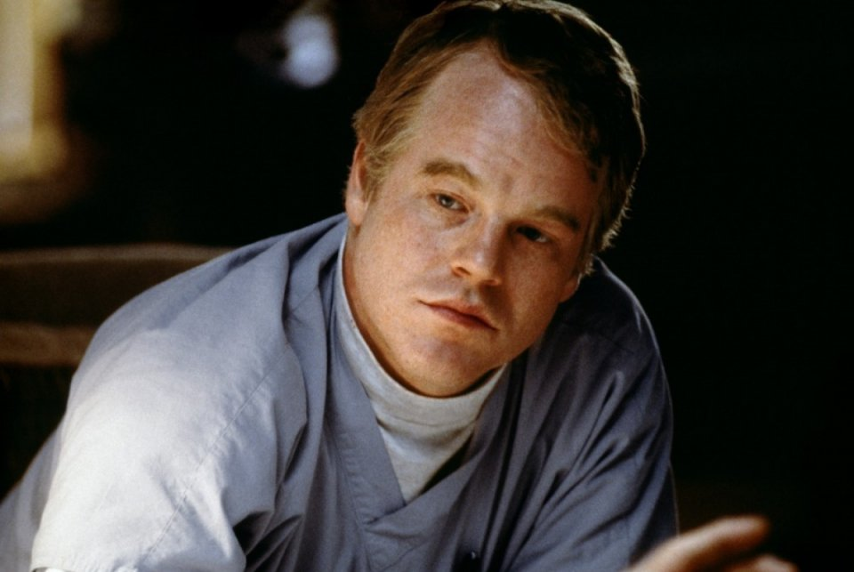 Magnolia: Philip Seymour Hoffman in una scena del film