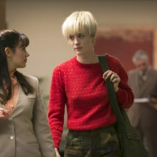 Halt and Catch Fire: Mackenzie Davis e Bianca Malinowski nell'episodio FUD