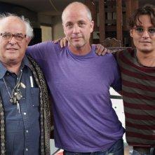 Per nessuna buona ragione: Ralph Steadman, Johnny Depp e Charlie Paul sul set del documentario