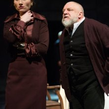 King Lear: Kate Feetwood con Simon Russell Beale in una scena