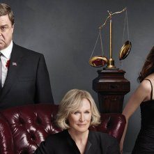 Damages: Glenn Close, John Goodman e Rose Byrne in una foto promozionale