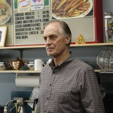 Fargo: Keith Carradine in una scena dell'episodio A Fox, a Rabbit and a Cabbage