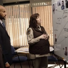 Fargo: Allison Tolman insieme a Keegan-Michael Key, Jordan Peele nell'episodio A Fox, a Rabbit and a Cabbage