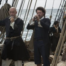 Crossbones: Richard Coyle insieme a John Malkovich in The Man Who Killed Blackbeard