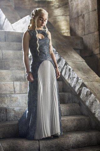 Il trono di spade: Emilia Clarke nell'episodio The Children