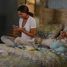 Mistresses: Corinne Massiah con Rochelle Aytes nell'episodio Open House