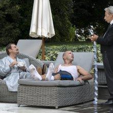 Il ricco, il povero e il maggiordomo: Aldo, Giovanni e Giacomo in una sequenza del film