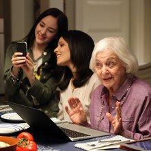 Chasing Life: Italia Ricci, Haley Ramm e Rebecca Schull nel primo episodio