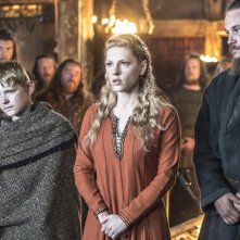 Vikings: Katheryn Winnick, Travis Fimmel, Nathan O'Toole nell'episodio Brother's War