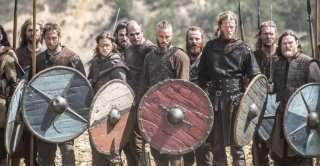 Vikings: una scena di battaglia nell'episodio Brother's War