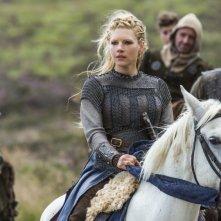 Vikings: Katheryn Winnick nell'episodio Eye For an Eye