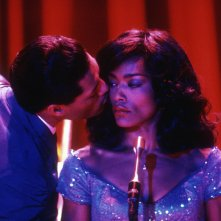 Tina - What's Love Got to Do with It: Angela Bassett in una scena