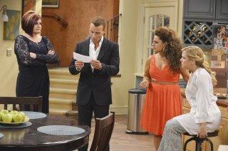 Melissa & Joey: Faith Prince, Jospeh Lawrence e Melissa Joan Hart nell'episodio At Last