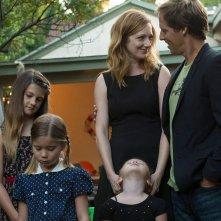 Married: Judy Greer e Nat Faxton in un'immagine della serie