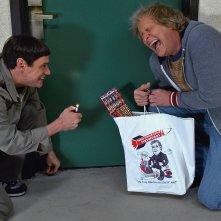 Jim Carrey e Jeff Daniels ne combinano una delle loro in Scemo & + scemo 2