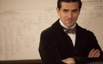 Grégory Fitoussi, il bello di Mr. Selfridge
