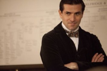 Mr. Selfridge: Grégory Fitoussi interpreta Henri Leclair