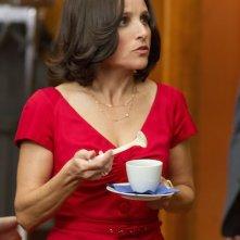 Veep: Julia Louis-Dreyfus nel primo episodio della serie, Fundraiser