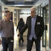 CSI: Ted Danson e Wallace Langham nell'episodio Lost Reindeer