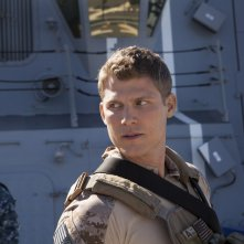 The Last Ship: Travis Van Winkle in una scena dell'episodio Welcome to Gitmo
