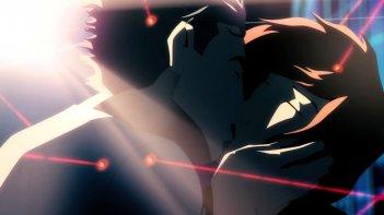 Abeguar e Janaìna si baciano in una scena di Rio 2096 - Una storia d'amore e furia