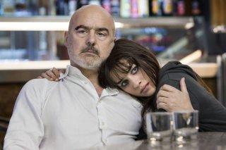 Perez.: Luca Zingaretti e Simona Tabasco in una scena del film