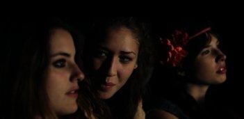 Paranormal Stories: Laura Gigante, Chiara Brunamonti e Guja Quaranta nell'episodio 'Urla in collina'
