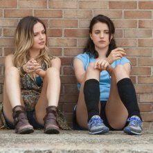 The Leftovers: Emily Meade e Margaret Qualley nel pilot