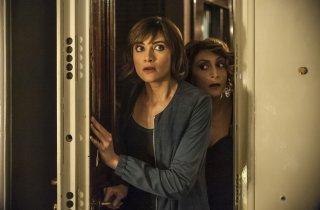 Confusi e felici: Anna Foglietta e Paola Minaccioni in una scena del film
