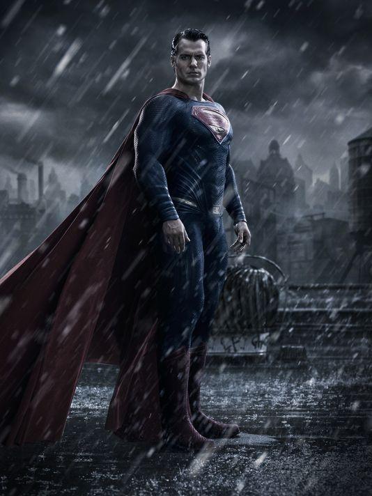 Batman v Superman: Dawn of Justice, la prima immagine ufficiale del film