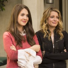 Community: Alison Brie e Gillian Jacobs nell'episodio Geothermal Escapism