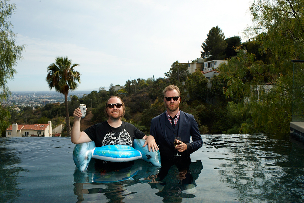 Mistaken for Strangers: Matt e Tom Berninger in una scena del film