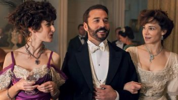 Mr. Selfridge: Jeremy Piven nell'episodio La seduta spiritica