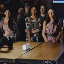 Pretty Little Liars: Janel Parrish e Brendan Robinson nell'episodio Miss Me x 100