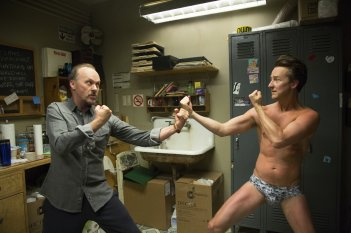 Birdman: Michael Keaton sfida Edward Norton in una scena del film