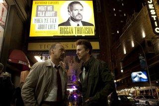 Michael Keaton in una scena di Birdman con Edward Norton