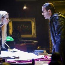 Dominion: Carl Beukes e Katrine De Candole nell'episodio The Flood