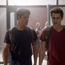 Teen Wolf: Dylan O'Brien e Tyler Posey nell'episodio Anchors