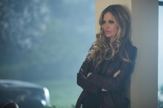 True Blood: Kristin Bauer nell'episodio Death Is Not the End