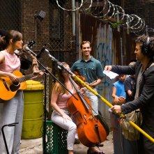 Begin Again - Tutto può cambiare: Keira Knightley e Mark Ruffalo improvvisano uno studio di registrazione per la strada