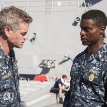 The Last Ship: Charles Parnell e Eric Dane nell'episodio We'll Get There
