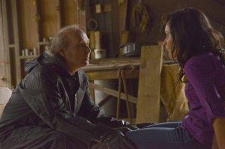 Under the Dome: Dwight Yoakam e Karla Crome nell'episodio Force Majeure