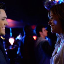 Satisfaction: Stephanie Szostak e Blair Redford nel pilot