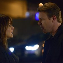 Satisfaction: Matt Passmore con Stephanie Szostak nel pilot